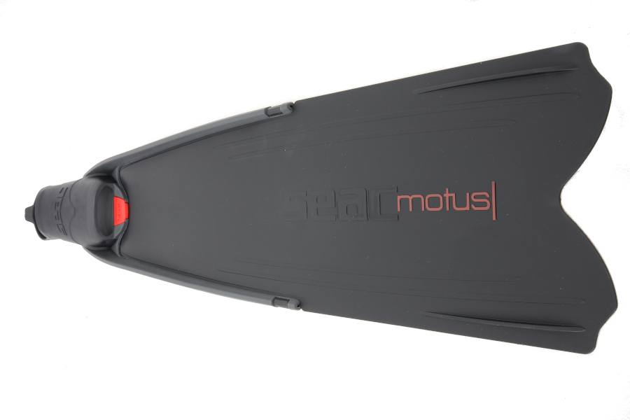 Motus Long Blade Fins from SEAC