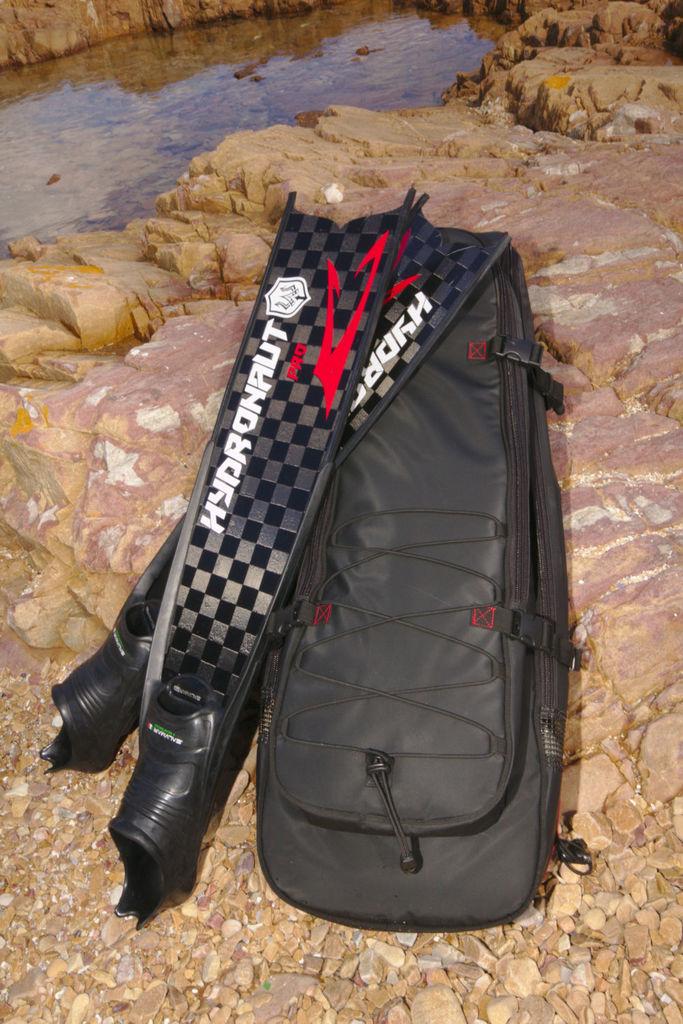 Freediving fin bag